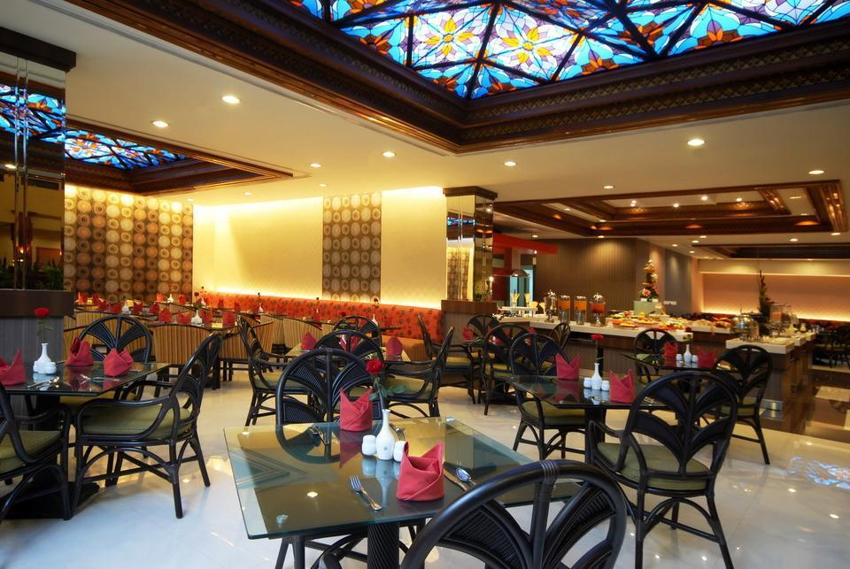Prime Plaza Hotel Yogyakarta - Srikaton Restaurant