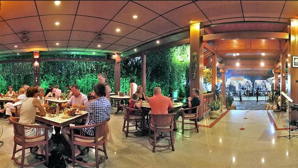 Green Garden Hotel Bali - Lobby Sitting Area