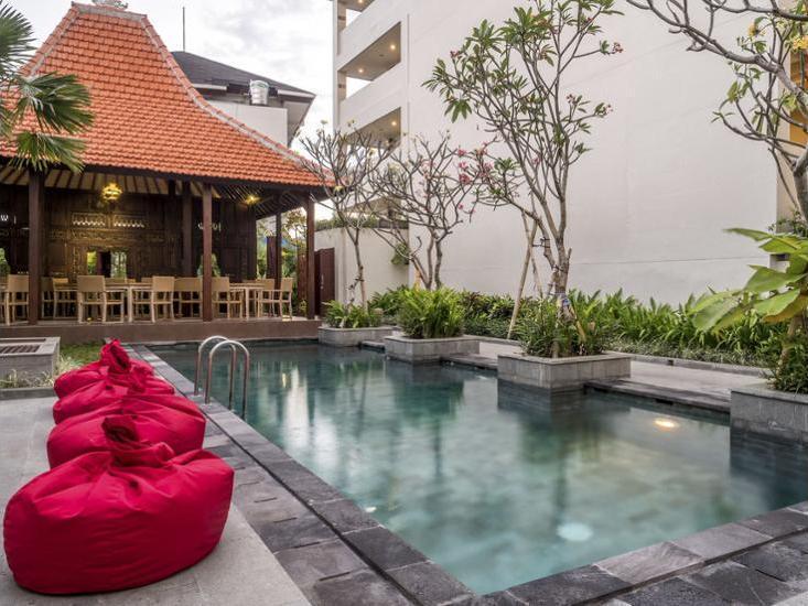Savvoya Hotel Bali - Outdoor Pool