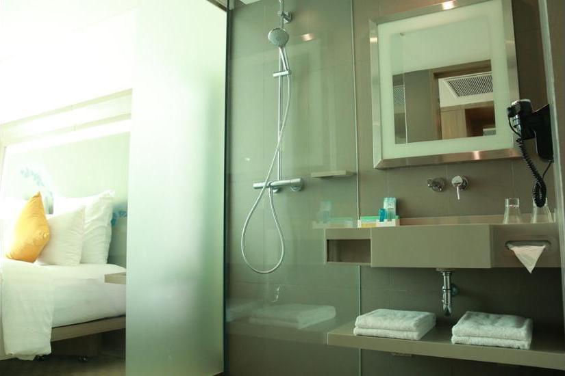 Novotel Tangerang - Kamar Superior, 1 Tempat Tidur King Regular Plan