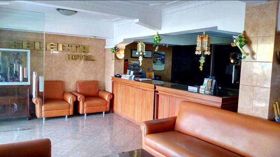 Hotel Selecta Malang - Reception