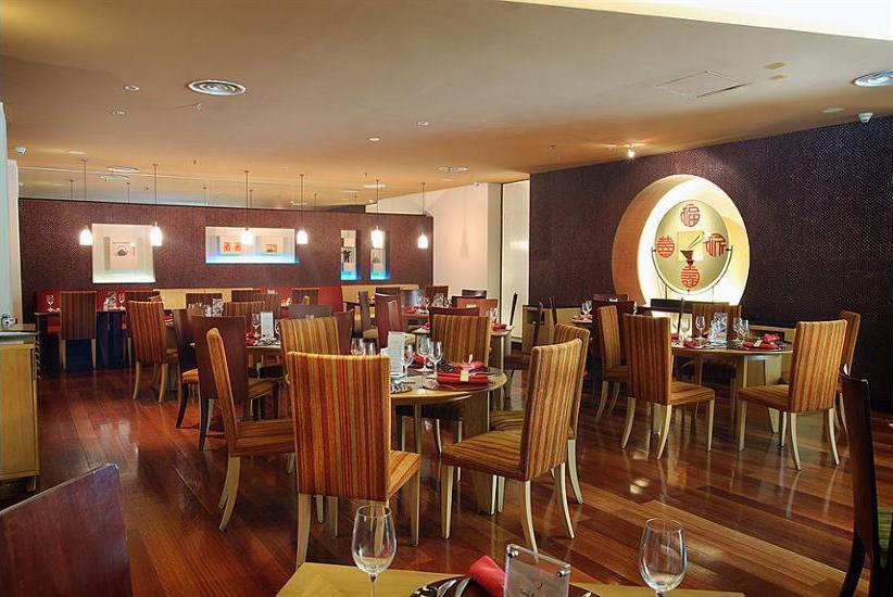 Novotel Mangga Dua Square Jakarta - Restaurant