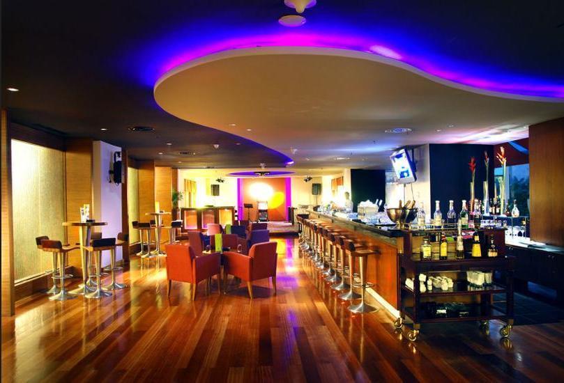 Novotel Mangga Dua Square Jakarta - Hotel Lounge