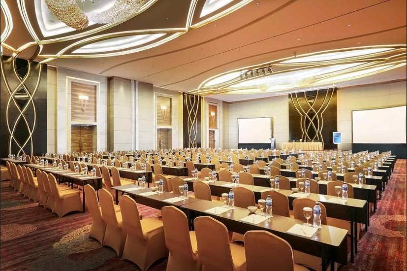 Novotel Mangga Dua Square Jakarta - Hotel Front