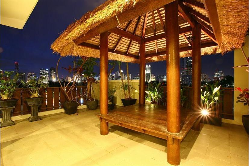 Rasuna Mansion Jakarta - Gazebo