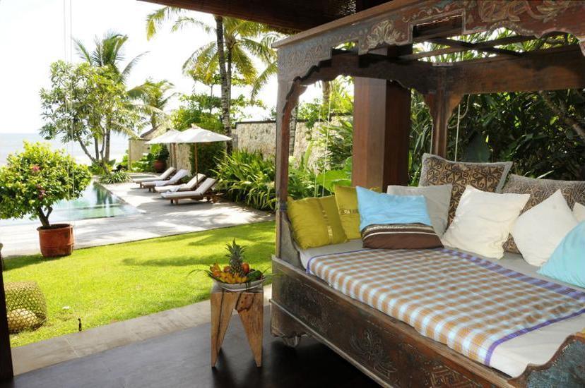 Villa Waringin Bali - Outdoor Dining