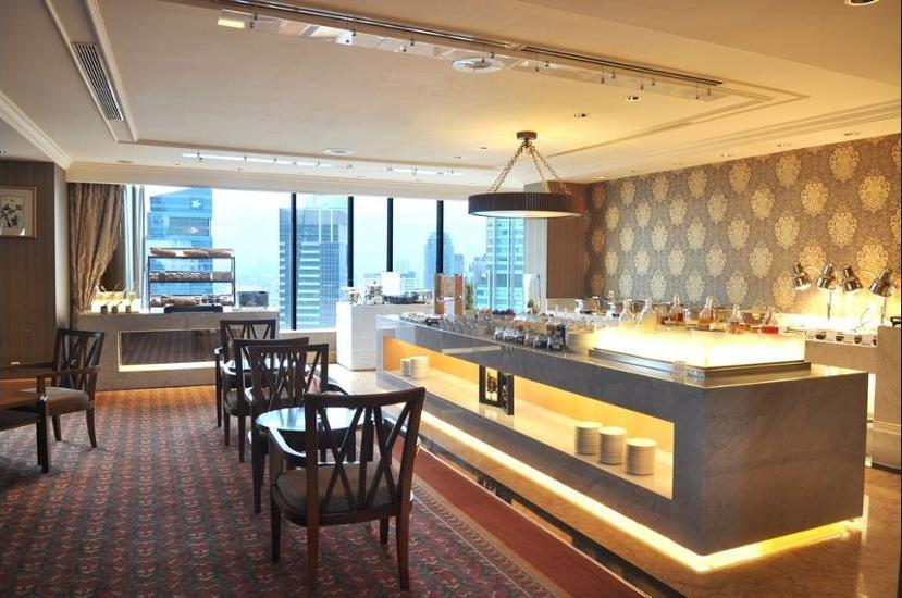 JW Marriott Jakarta - Property Grounds