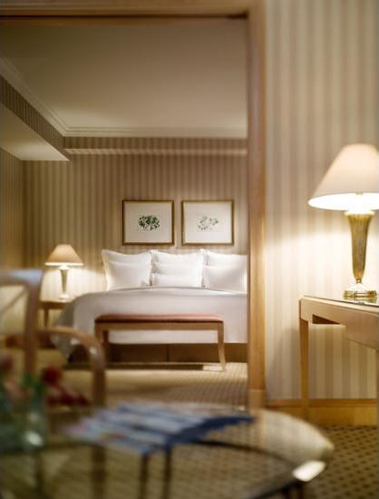 JW Marriott Jakarta - Guestroom View