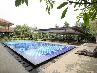 Airy Sentul Desa Sukaraja 16 Bogor - Swimming Pool