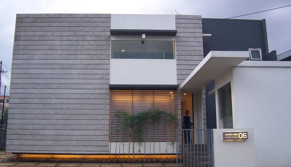 FLAT06 minimalist residence Jakarta - Tampak Muka