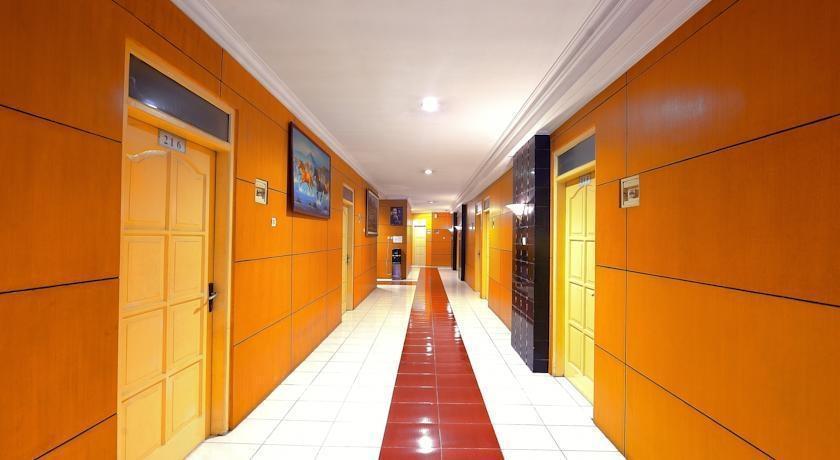 Hotel Elizabeth Semarang - Koridor