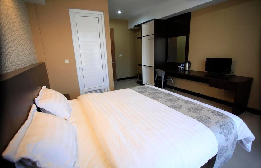 Mutiara Balige Hotel Samosir - Superior Room Regular Plan