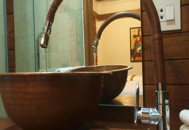 Flores Gallery Hotel Bandung - Kamar mandi