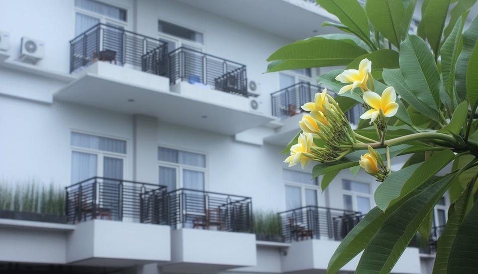 Prima SR Hotel & Convention  Yogyakarta - Facade