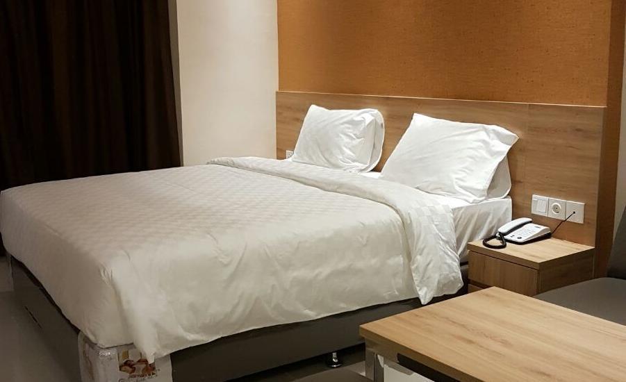 Wing Hotel & Residence Kualanamu Medan - Superior tempat tidur king ukuran
