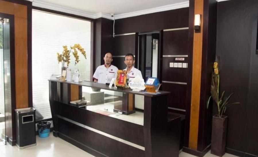 The Feli Hotel Bandung - Resepsionis