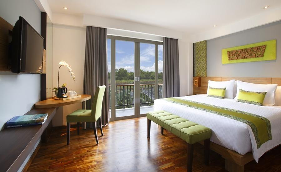 Swiss-Belhotel Petitenget - Deluxe Queen Room Hot Deal Hemat 15%