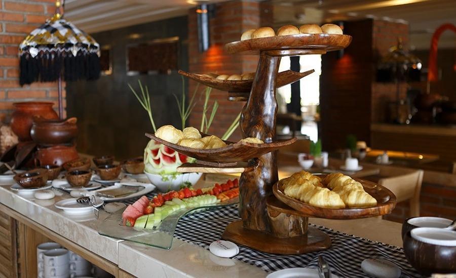 Swiss-Belhotel Petitenget - Breakfast