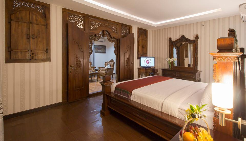 Grand Puri Saron Yogyakarta - President Suite Regular Plan