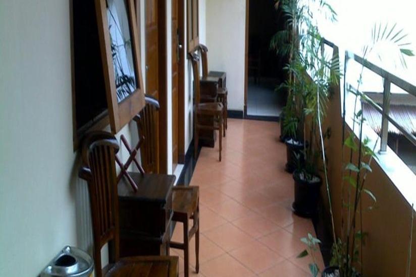 Istana Griya 2 Solo - Interior