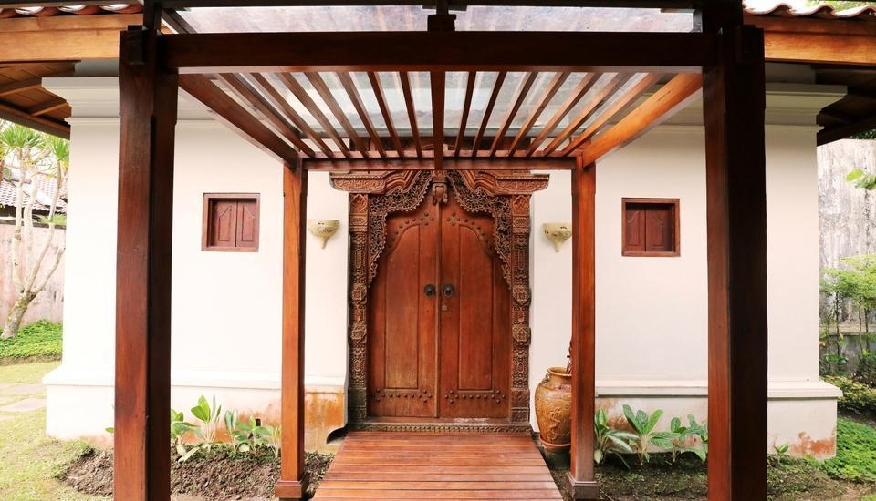 The Cangkringan Jogja Villas & Spa Yogyakarta - Room Entrance