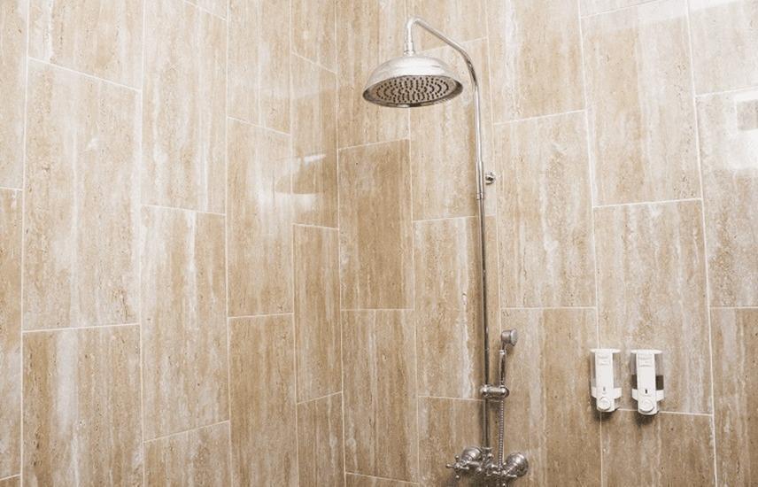Tinggal Standard Kebayoran Lama Pondok Hijau Jakarta - Kamar mandi
