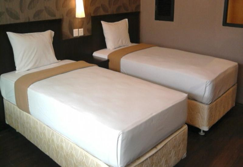 City Hotel Balikpapan - Kamar Deluxe Double Regular Plan