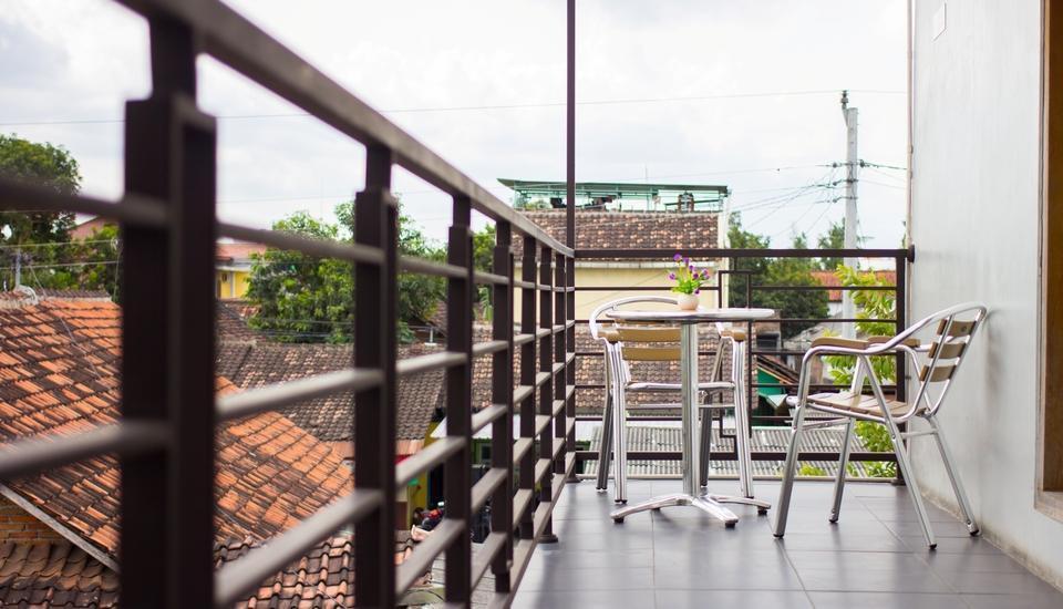 Hotel Absari Jogja - balcony 2