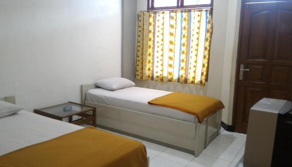 Hotel Sentral Jombang - Standard Deluxe Room Only Regular Plan