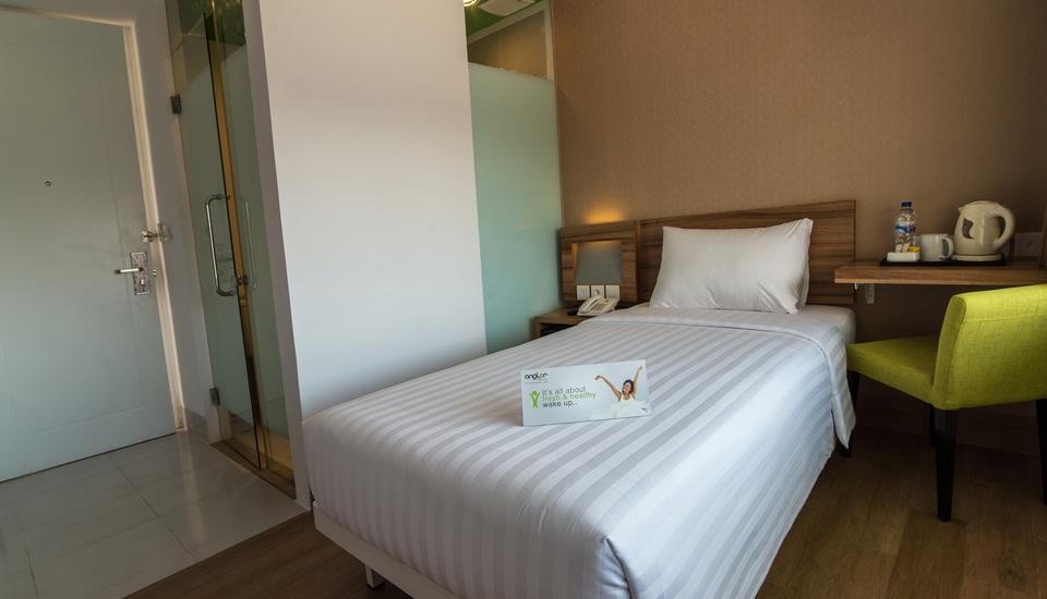 Whiz Hotel Bogor - Kamar Single