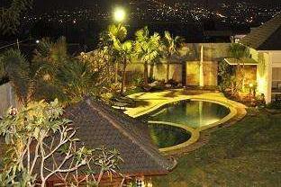 Sumber Hotel Malang -