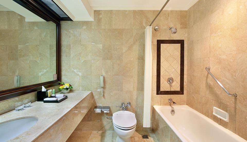 Hotel Ciputra Jakarta - Kamar mandi