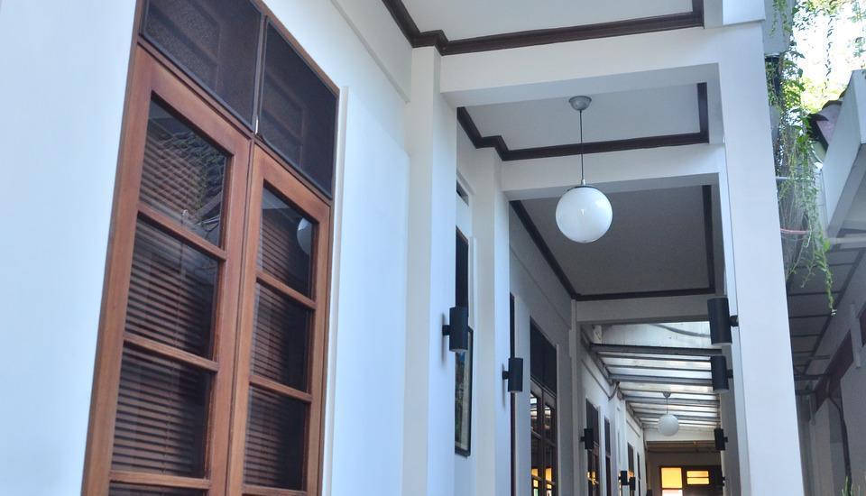 Fendi's Guest House Malang - Teras