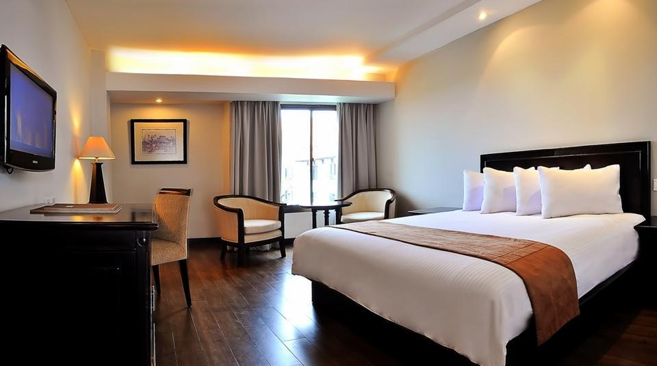 Hotel Santika Cirebon - Executive Room.