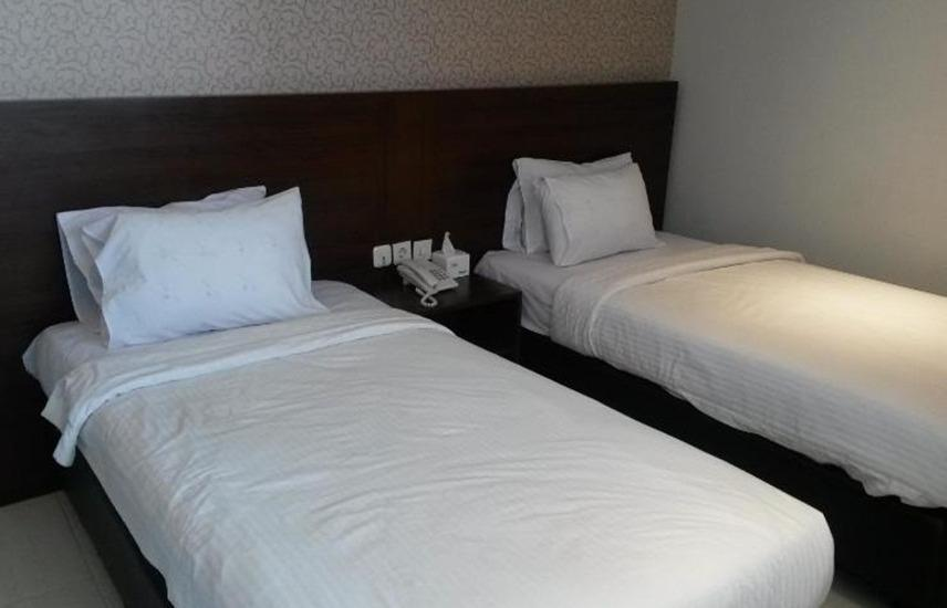 Doho Homestay Jember - Deluxe Room Regular Plan