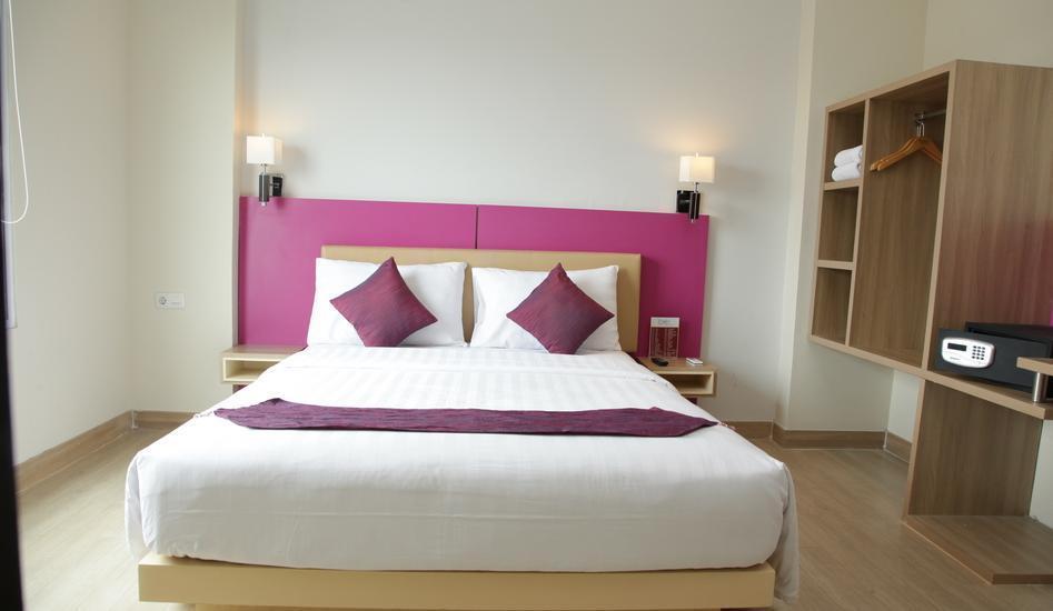Big Hotel Jakarta - Kamar Deluxe dengan tempat tidur single