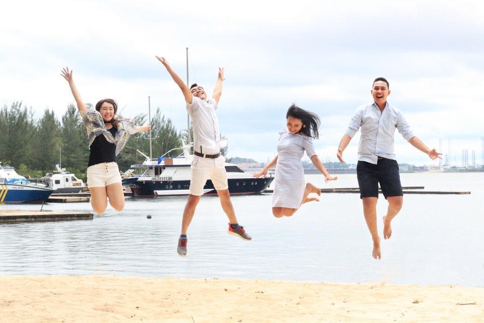 HARRIS Waterfront Batam - Beach Activities at HARRIS Resort Waterfront Batam