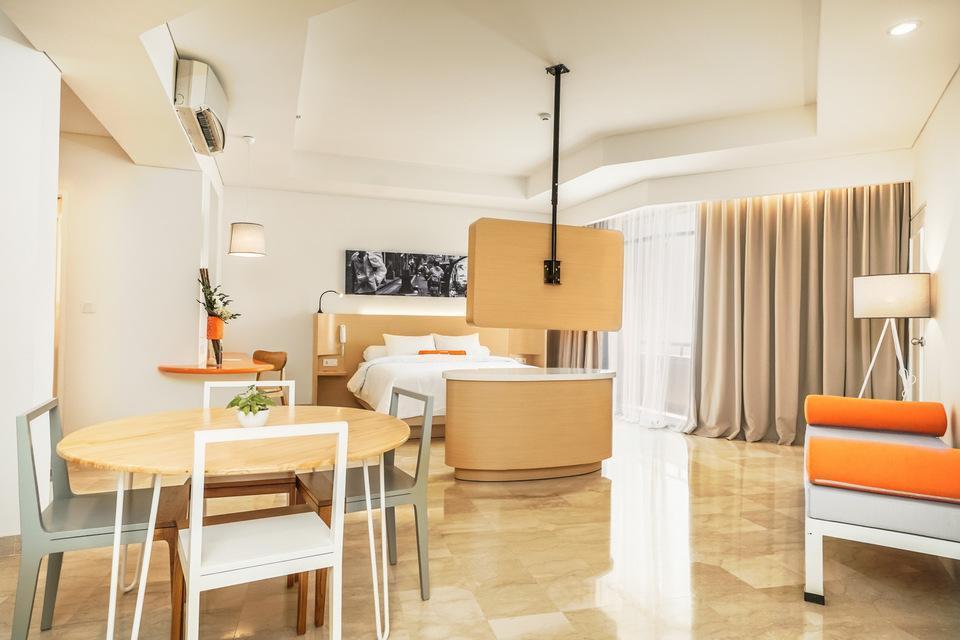 HARRIS Waterfront Batam - Harris Suite Room