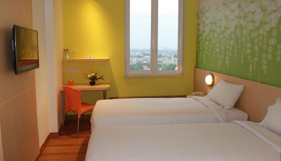 Zest Hotel Jemursari Surabaya - Zest Twin Room Only Regular Plan