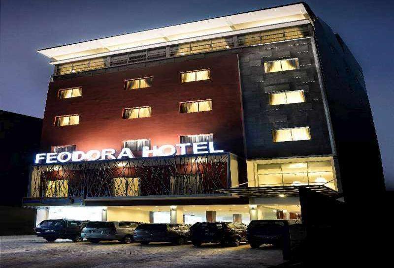 Feodora Hotel Grogol - Hotel Building