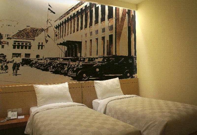 Feodora Hotel Grogol - Deluxe Twin