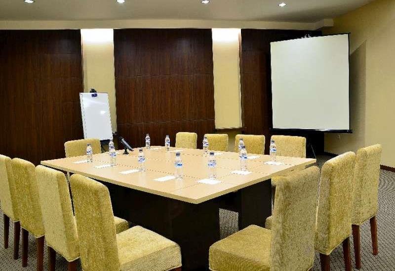 Feodora Hotel Grogol - Meeting Room
