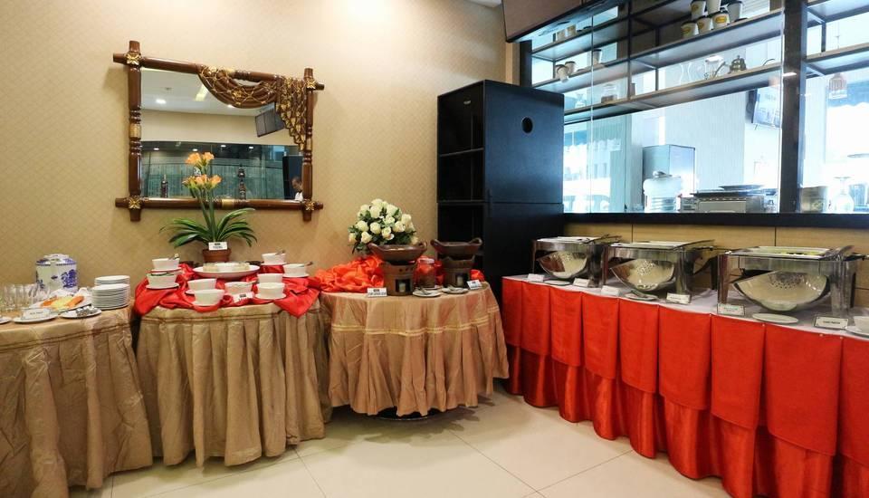 Coin's Hotel Jakarta Jakarta - Breakfast