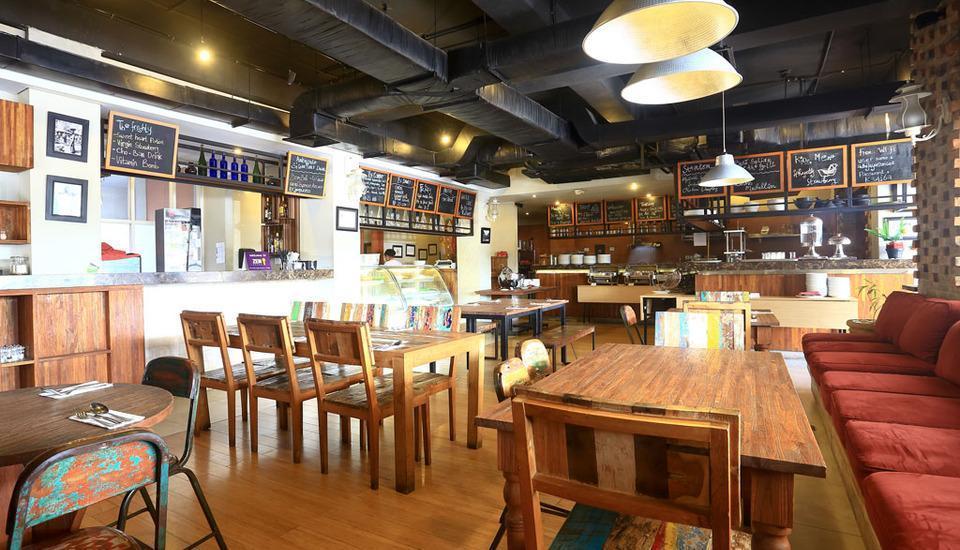 ZenRooms Kuta Sunset Road 2 - Restoran