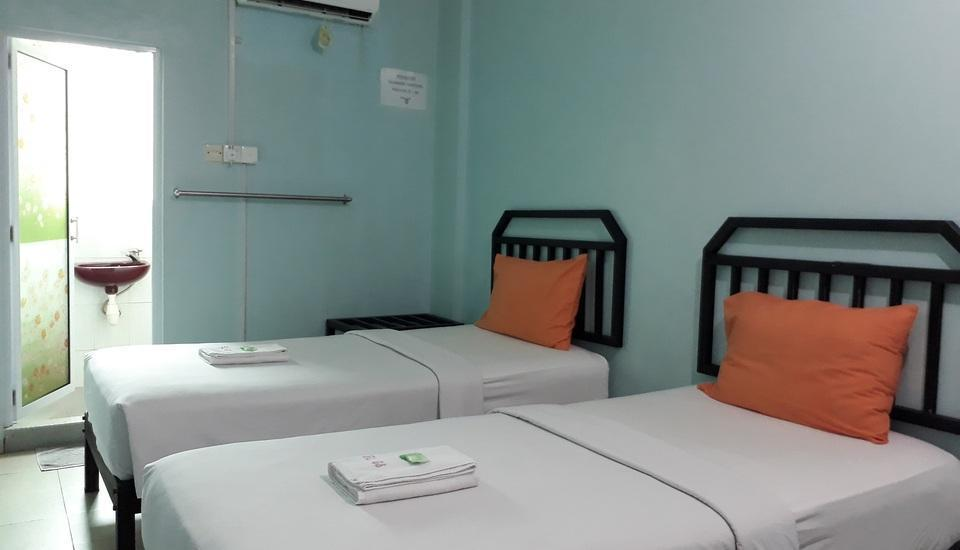 Grand Nagoya 68 Hotel Batam - Superior Twin Room Regular Plan