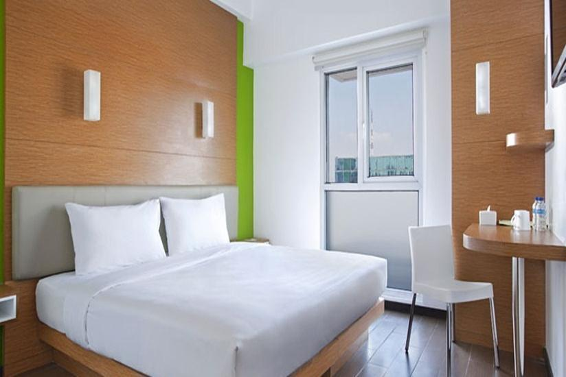 Amaris Embong Malang - Smart Room Hollywood Regular Plan