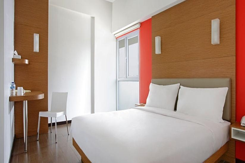 Amaris Embong Malang - Smart Room Queen Regular Plan