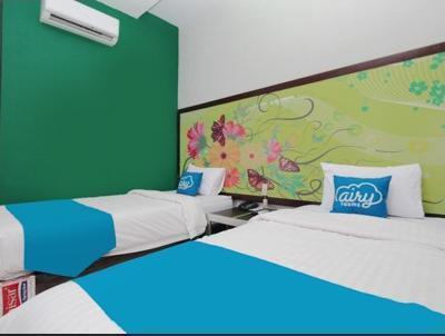 Airy Syariah Medan Sunggal MICC Gagak Hitam 92 - Grand Deluxe Twin Room Only PEGI_Nov_5