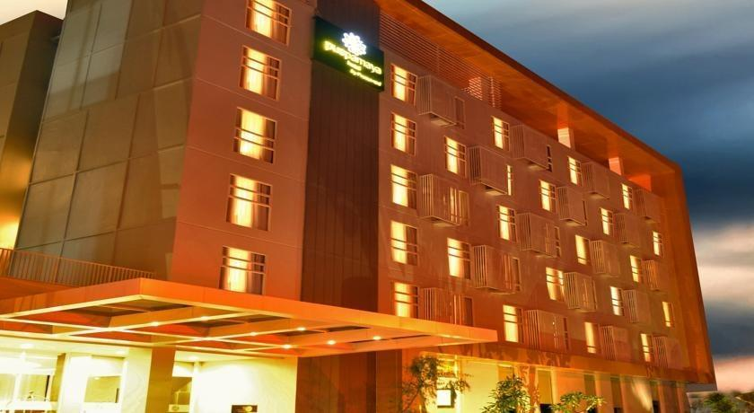 Kyriad Hotel Airport Jakarta - 4