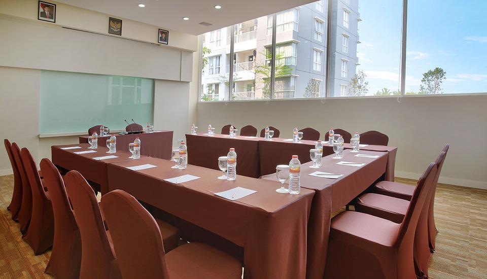 Kyriad Hotel Airport Jakarta - Meeting Room